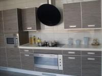 Кухня с фасадами из пластика HPL в алюминиевом профиле Т