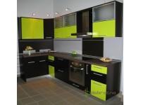 Кухня на заказ с МДФ фасадами венге и лайм