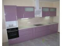 Кухня на заказ с фасадами из МДФ с краской (глянец) пастельного сиреневого цвета