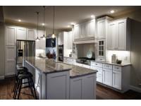 Островное расположение кухонной мебели