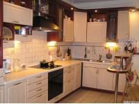 """Кухня - kit_0014 - Уютная угловая кухня в смешанном стиле, с барной стойкой. Фасады выполнены из МДФ, покрытой пленкой ПВХ, цвет светлая груша и редвуд. Нижняя подсветка рабочей зоны привносит дополнительную функциональность и удобство для хозяйки.<br>Для расчета цены подобной кухни укажите код этой кухни в заявке в графе """"Доп. информация"""" <a class=""""kuhni-foto-link"""" title=""""Расчет кухни онлайн"""" href=""""http://dobrotno.com.ua/zakazat-dizayn-kuhni"""" target=""""_blank""""> Рассчитать кухню</a>"""