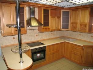 Кухня с фасадами из дерева (ольха) kder-0006