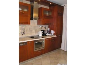 Кухня с фасадами из дерева (ольха) kder-0013