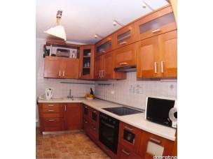 Кухня с фасадами из дерева (ольха) kder-0024