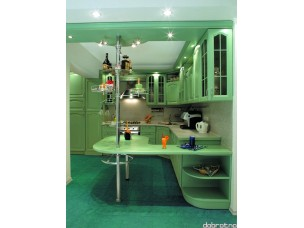 Кухня с фасадами из дерева kder-0061