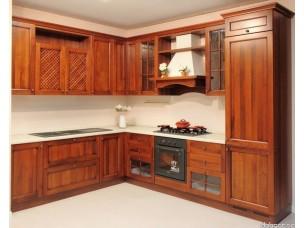 Кухня с фасадами из дерева kder-1173