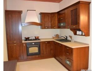 Кухня с фасадами из дерева kder-1204-1