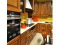 Кухня с фасадами из дерева kder-1209-1
