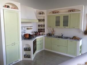 Кухня с фасадами из дерева kder-1215-1