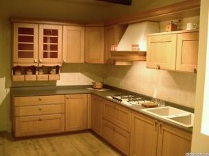 Кухня с фасадами из дерева kder-1222