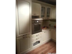 Кухня с фасадами из дерева kder-1224