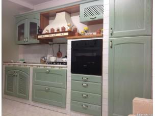 Кухня с фасадами из дерева kder-1245