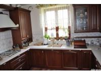 """Кухня из дерева - kit-1312-2<br>Для расчета цены подобной кухни укажите код этой кухни в заявке в графе """"Доп. информация"""" <a class=""""kuhni-foto-link"""" title=""""Расчет кухни онлайн"""" href=""""http://dobrotno.com.ua/zakazat-dizayn-kuhni"""" target=""""_blank""""> Рассчитать кухню</a>"""