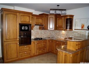 Кухня с фасадами из дерева kder-1424-1